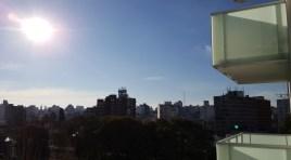 ESTRENE HOY: Último Monoambiente en piso 10 con amplia terraza, placares y vista soleada