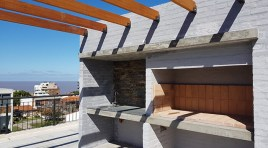 Entre Malvín y Punta Gorda ÚLTIMA  unidad con terraza y parrillero