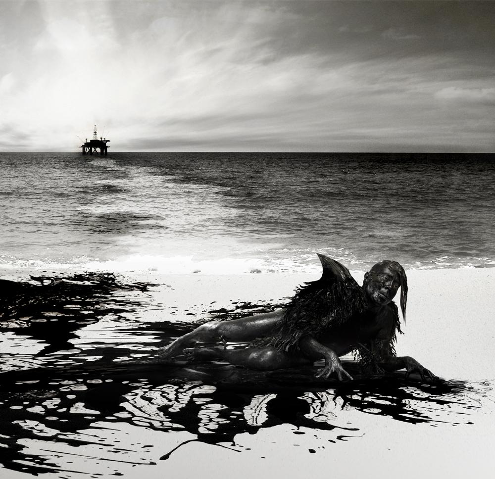 Thiago Cóstackz.A-Morte-no-Mar-Negro-2-Modelo-e-arte