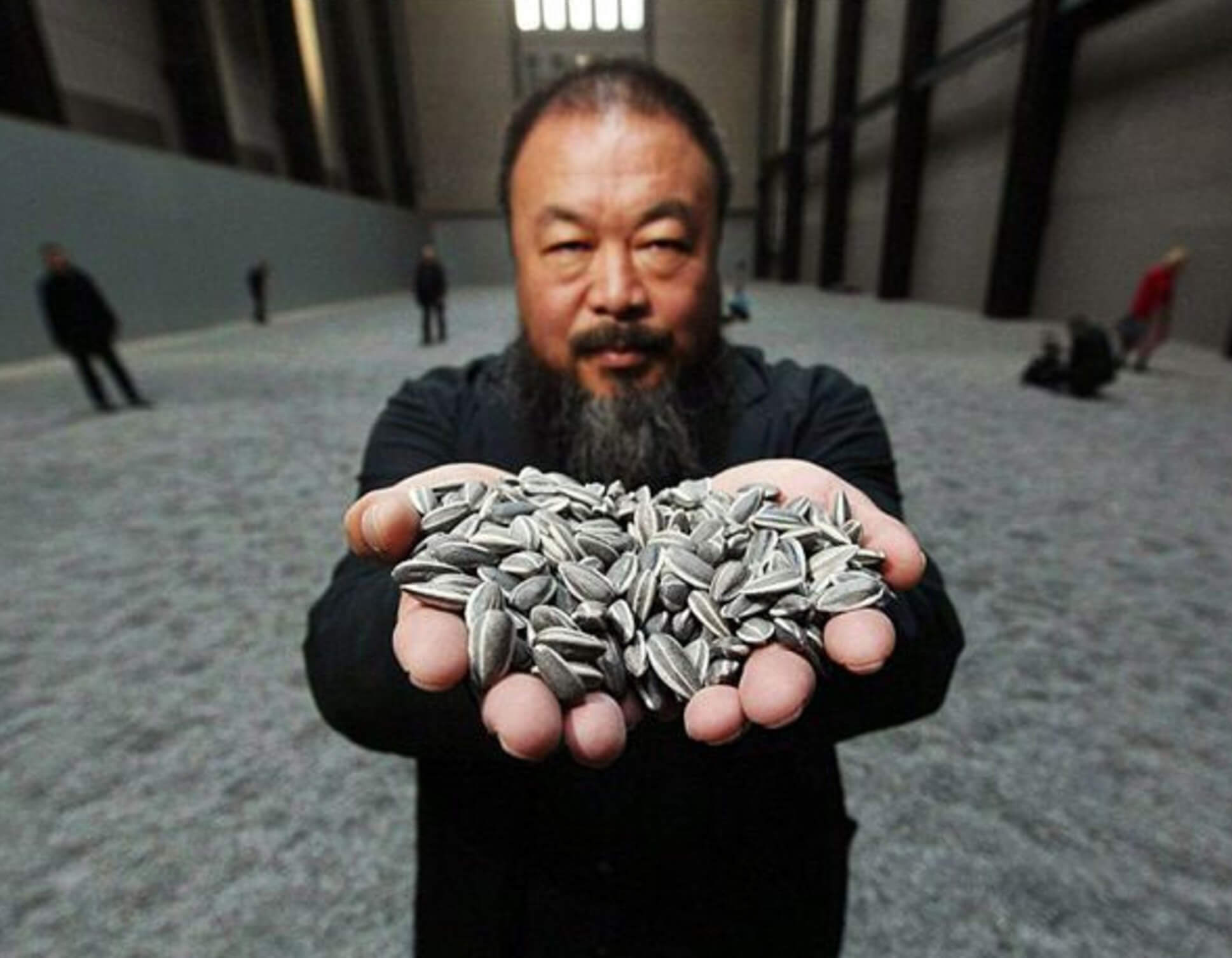 Artista ex-presidiário é símbolo da liberdade de expressão na China