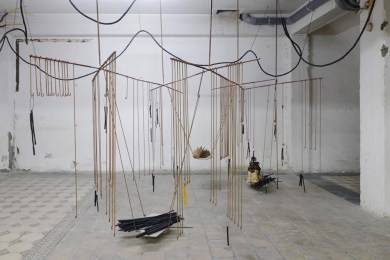 06_the_means_the_milieu_iza_tarasewicz_objectif_exhibitions_2014_fot._isabelle_arthuis