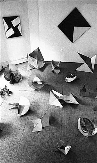 Lygia Clark, Bichos, 1965 - arte concreta
