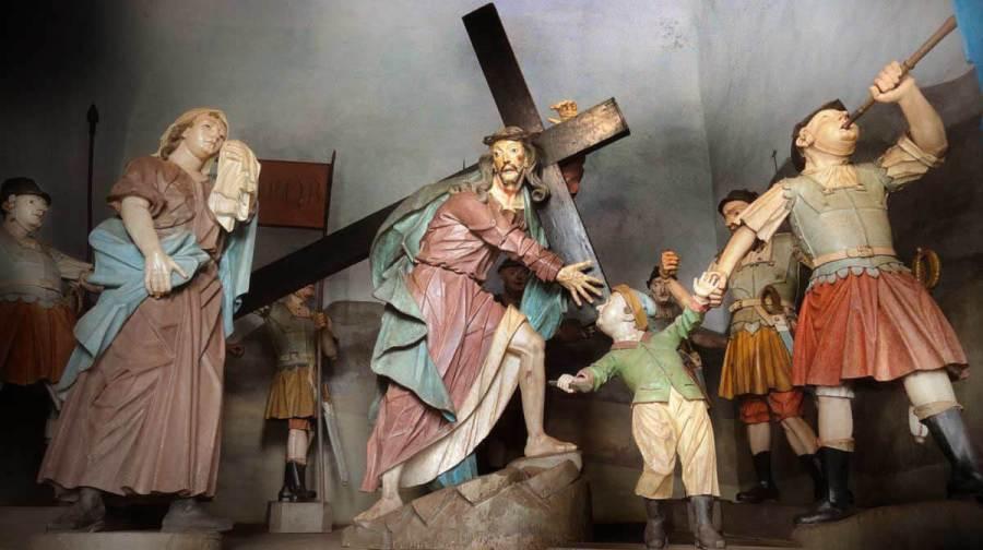 O carregamento da cruz