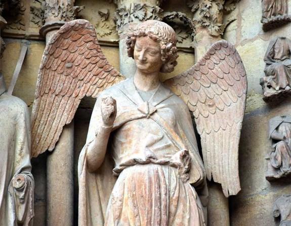 Anjo sorrindo - Catedral de Reims