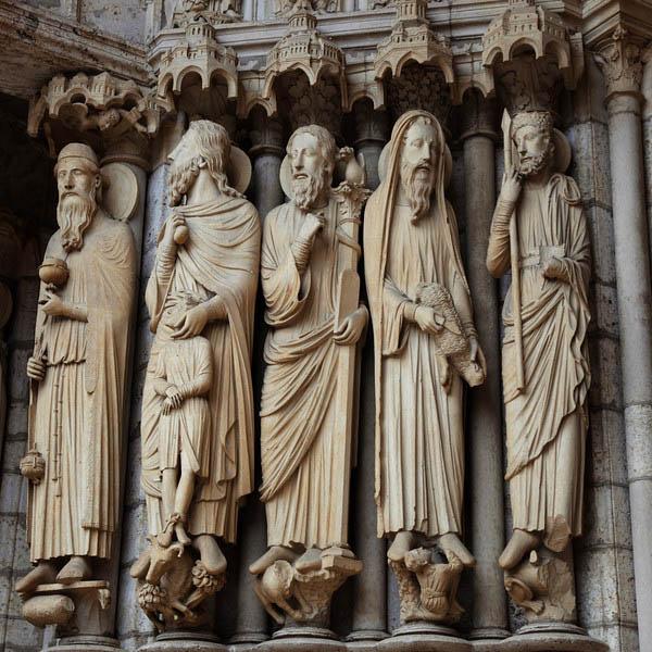 Esculturas da Catedral de Chartres