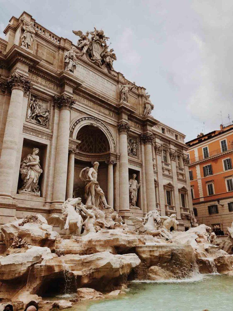 Fonte de Trevi em Roma
