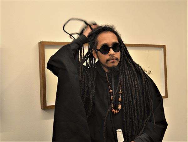 Helio Menezes; Baró Galeria