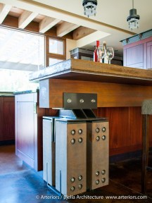 heavy-timber-mountain-lodge-kitchen-by-tim-bjella-of-arteriors-architects-6