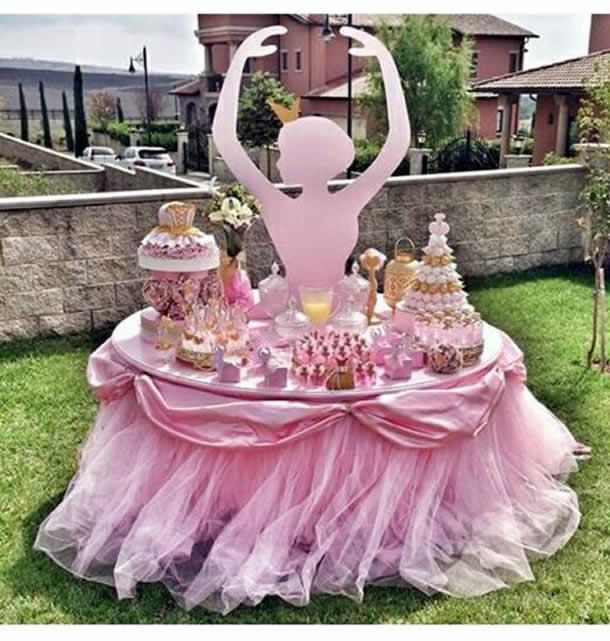 guloseimas-festa-infantil-simples-mesa-bailarina