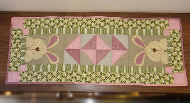 molde-coelho-patchwork-trilho