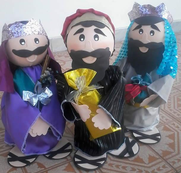 fantoche-de-garrafa-pet-tres-reis