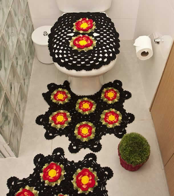 Jogo de banheiro de barbante preto com flores