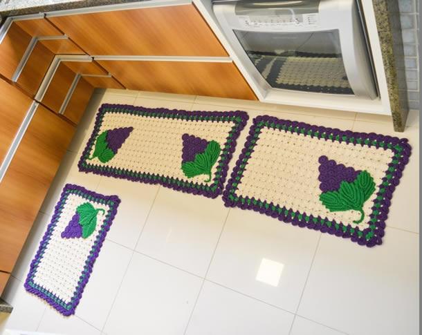 tapete-barbante-cozinha-uvas