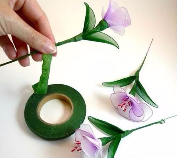 flores-de-meia-de-seda-caule