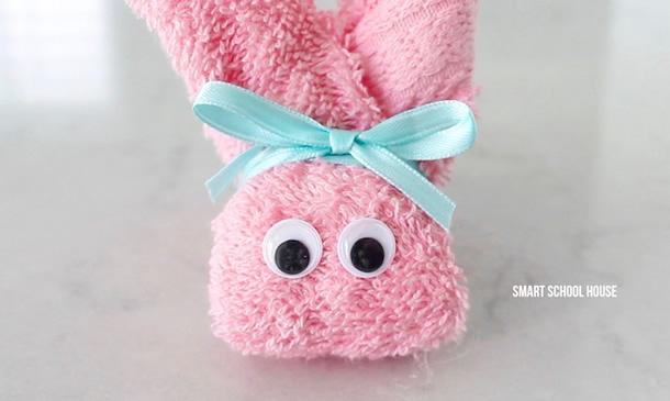coelho-de-toalha-lacinho