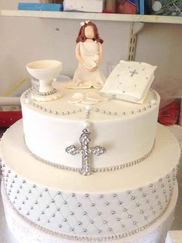bolo-de-batizado-menina-simples