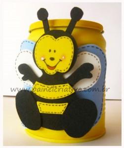 Latinha abelha de eva