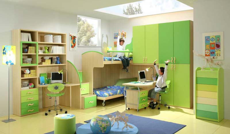 Modelo de quarto decorado para 2 meninos, cor verde cana.