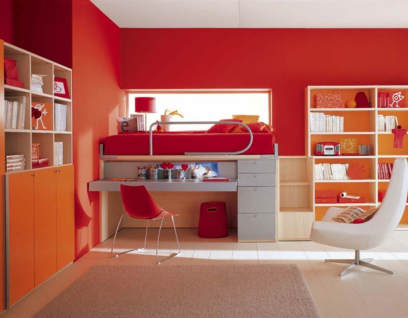 Quarto decorado grande vermelho