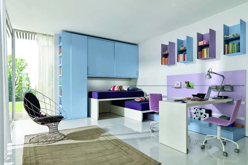 Quarto decorado, lilas e azul claro, muito chique!