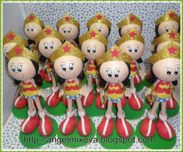 bonecas-3d-em-eva-mulher-maravilha