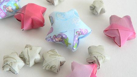 Estrelinhas de origami 3D