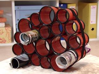 Revisteiro de latas