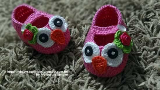 sapatinhos de croche coruja