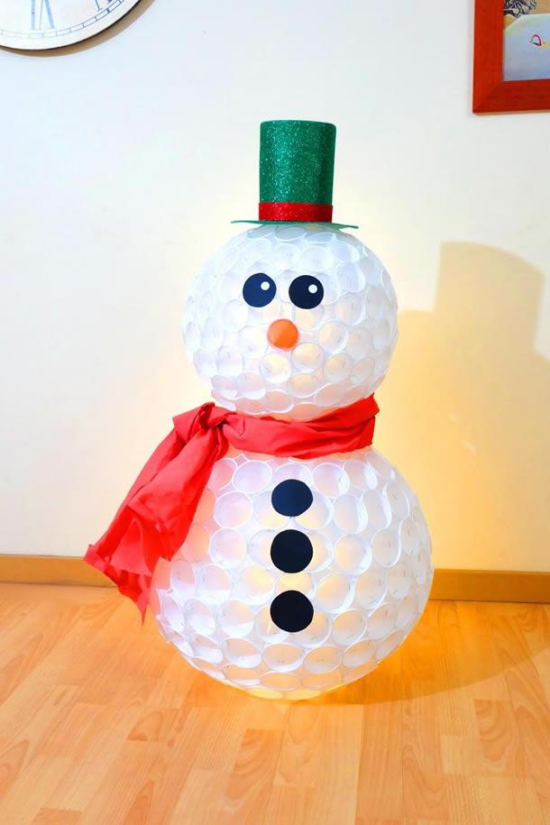 enfeites-natalinos-reciclaveis-copos-descartaveis