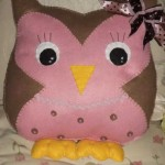 almofada coruja de feltro