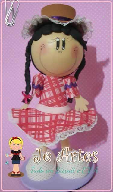 boneca em eva fofucha caipira