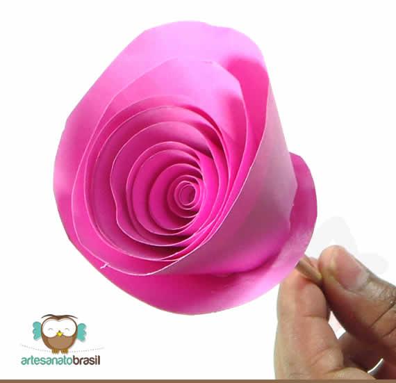 Como Fzer uma Rosa de Papel