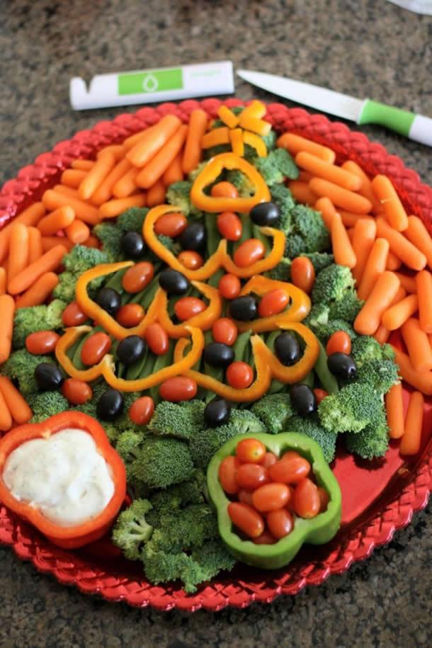 decoracao-de-pratos-bandejas-de-alimentos-para-natal-arvore-legumes3