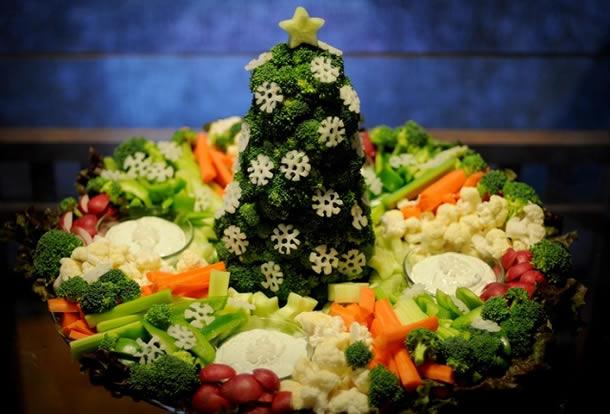 decoracao-de-pratos-bandejas-de-alimentos-para-natal-arvore-vegetais3