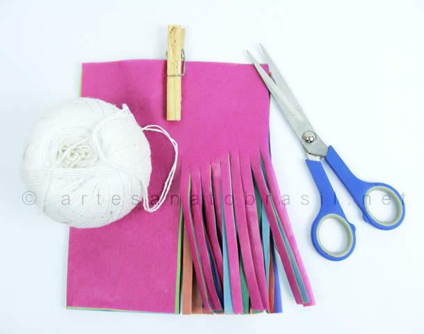 material_como-fazer-bandeirinhas-de-franja