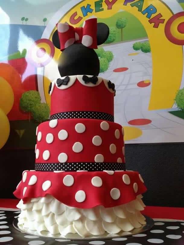 ideias-para-festas-infantil-bolo-de-eva