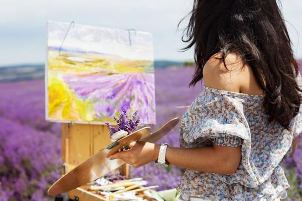 conceito-de-criatividade-pintura