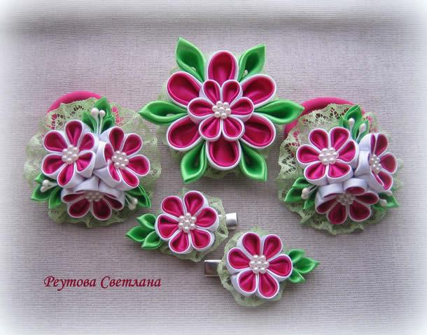 flor-de-fita-de-cetim-conjunto-rosa