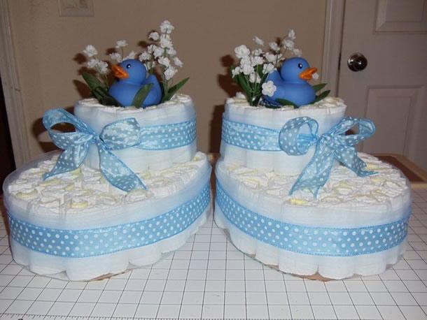 bolo-de-fraldas-azul-sapatinhos