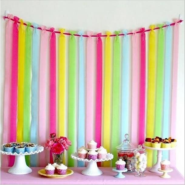 cortina-de-papel-crepom-amarrada