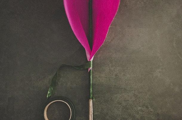 flor-gigante-de-papel-botao