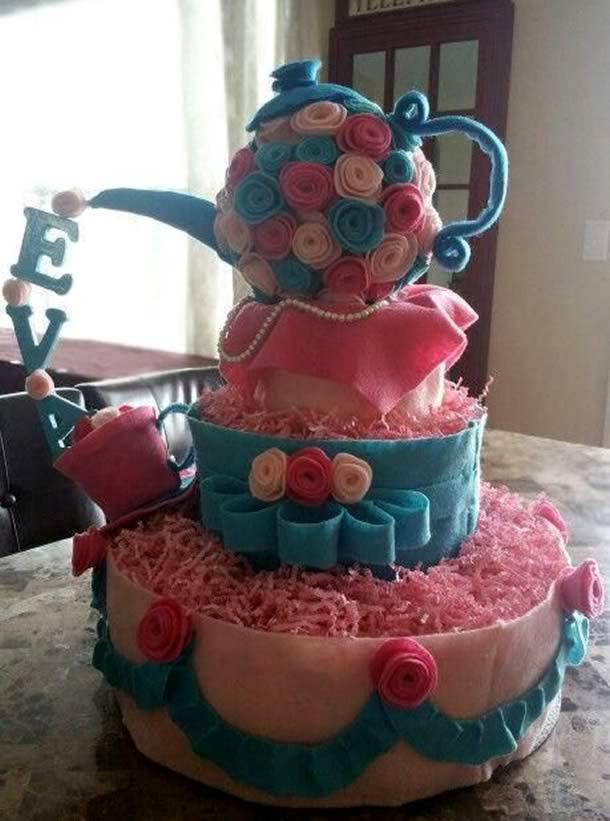 bolo-de-fraldas-rosa-azul-cha