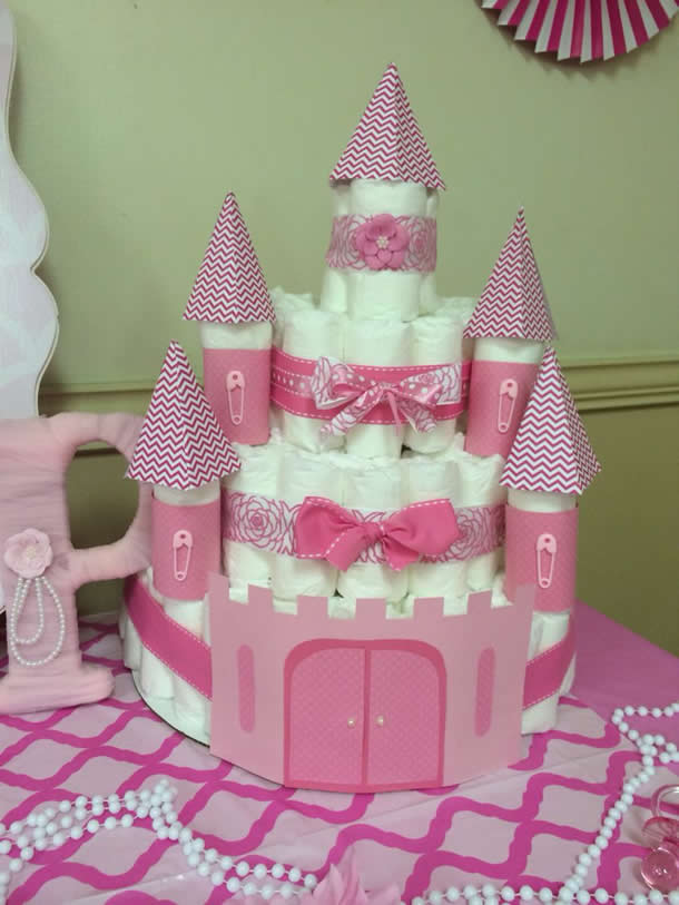bolo-de-fraldas-rosa-castelo-papel
