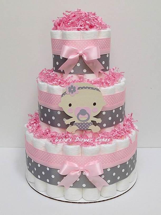 bolo-de-fraldas-rosa-cinza