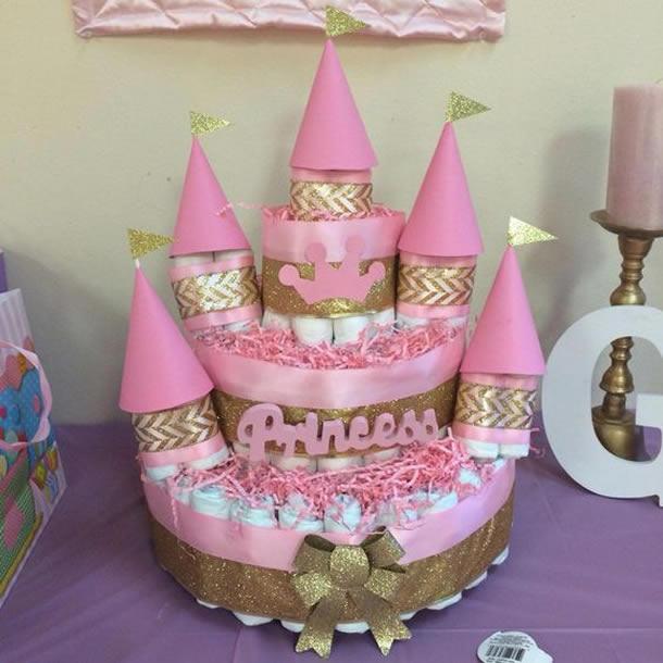 bolo-de-fraldas-rosa-dourado