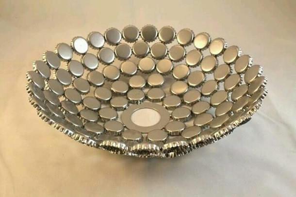 artesanatos-com-tampinhas-bandeja