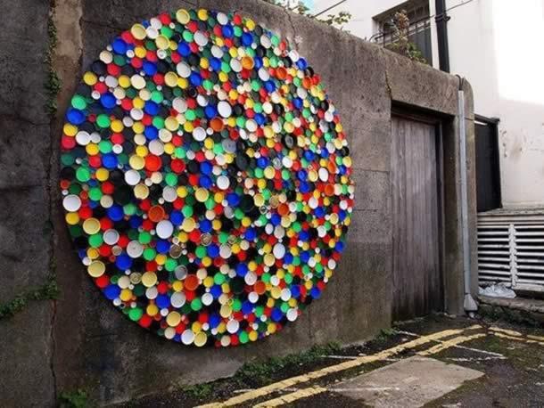 artesanatos-com-tampinhas-muro