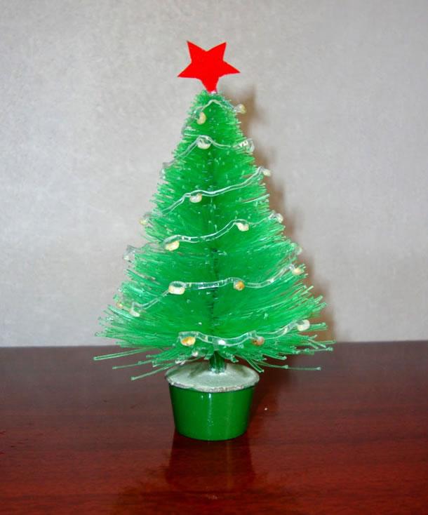 arvore-de-natal-reciclavel--garrafas-pet
