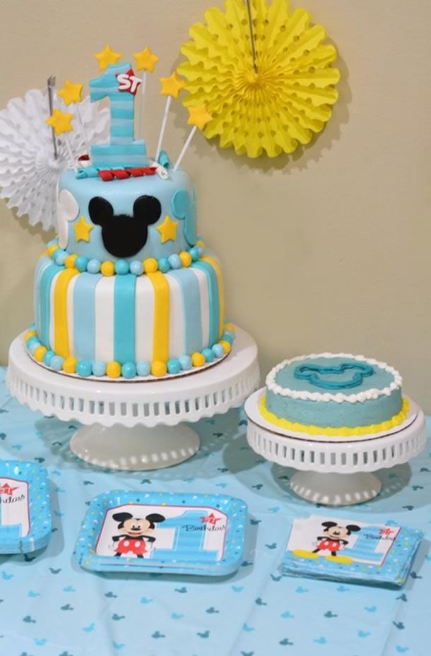 bolo-do-mickey-aniversario-bebe