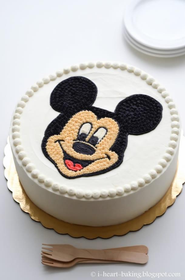 bolo-do-mickey-branco-simples